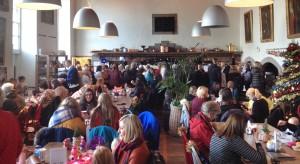 a very busy castle café