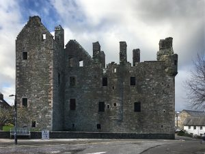 Picture of MacLellan's castle at Kirkcudbright harbour
