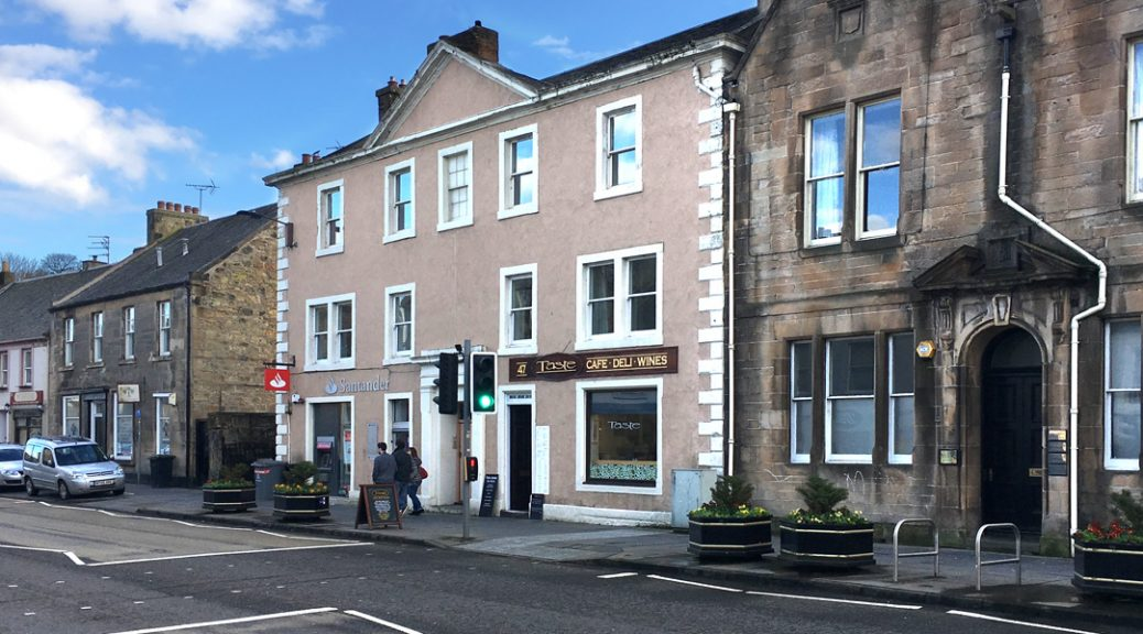 Exterior view of Taste Café, Linlithgow
