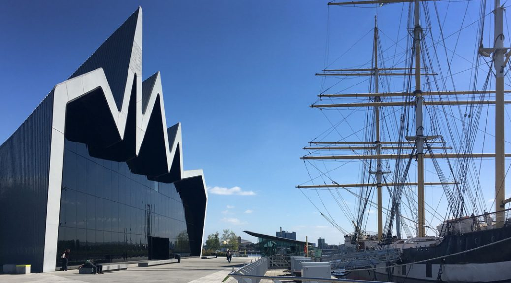 External view of Glasgow Riverside Museum with Glenlee tall ship
